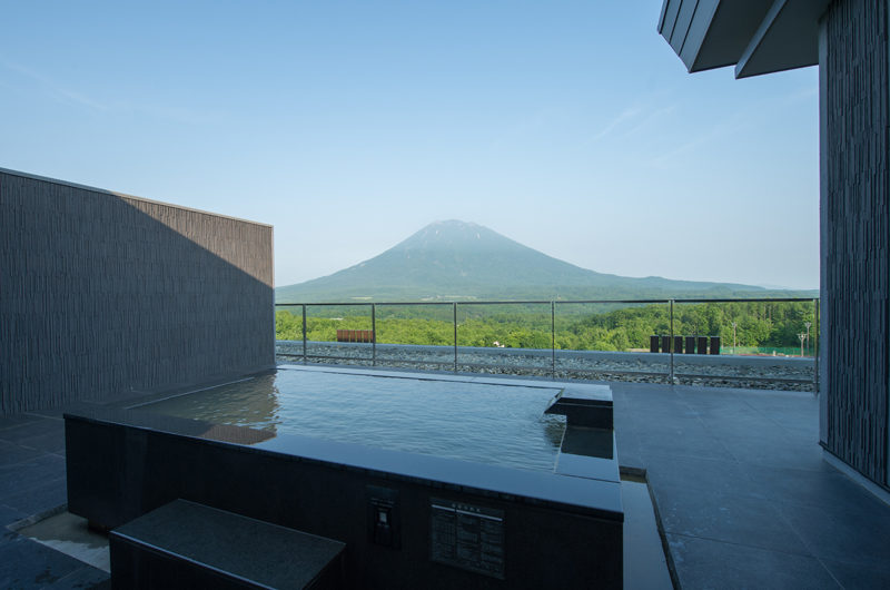 Aya Niseko Penthouse Two Open Air Jacuzzi | Upper Hirafu
