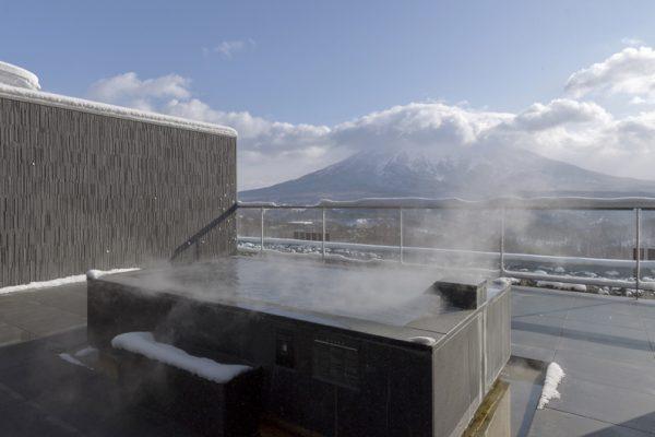 Aya Niseko Penthouse Two Jacuzzi | Upper Hirafu