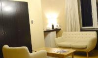 Ebina Chalet and Lodge Bedroom Seating Area   Moiwa