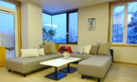 Ebina Chalet and Lodge Lounge Area | Moiwa
