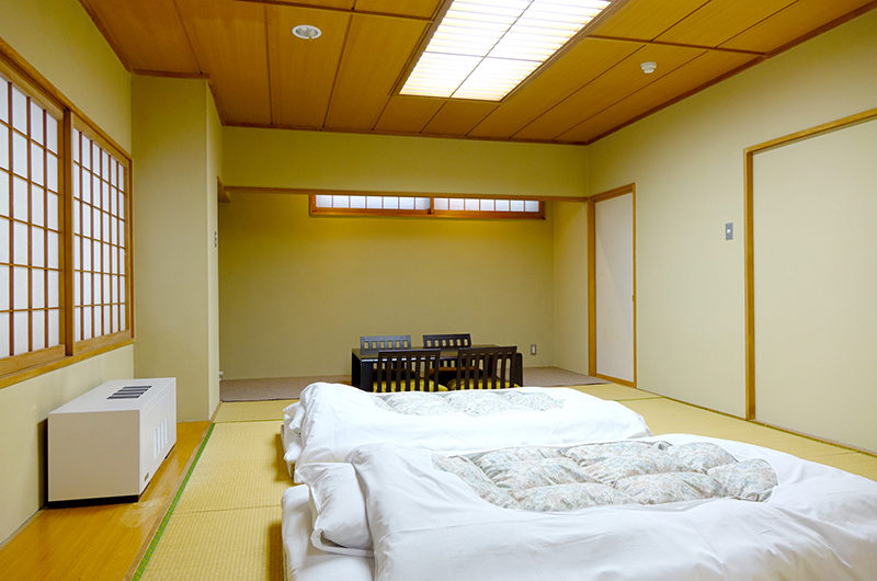 Ebina Chalet and Lodge Japanese Style Bedroom | Moiwa