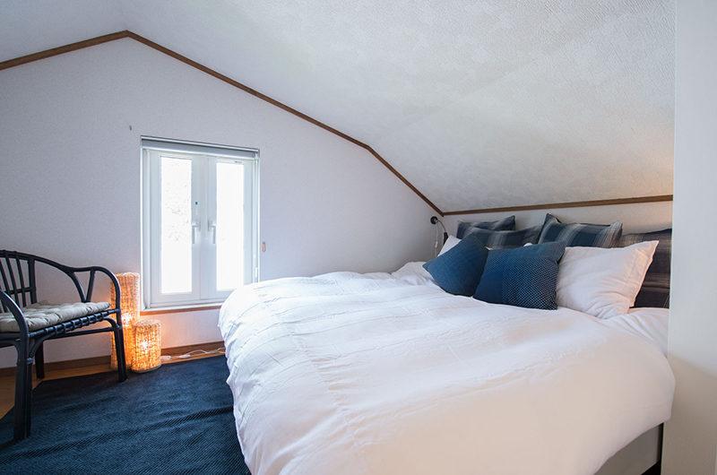 Kuma Cabin King Size Bed | Lower Hirafu