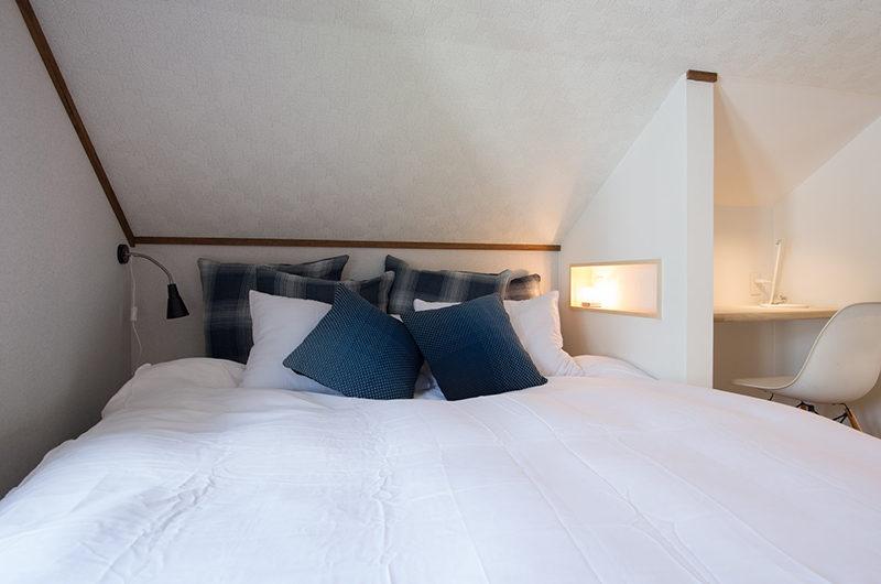 Kuma Cabin Bedroom with Study Table | Lower Hirafu