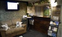 Owashi Lodge Reception with TV | Upper Hirafu