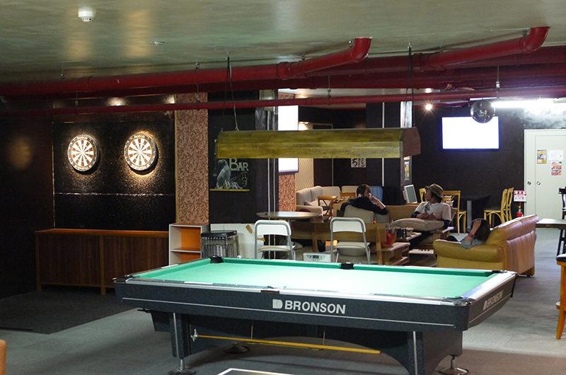 Owashi Lodge Billiard Table with Seating Area | Upper Hirafu