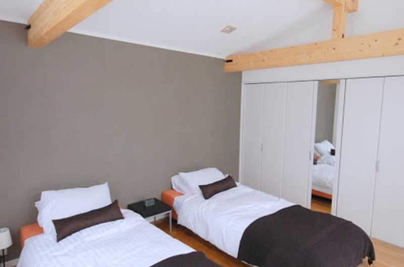 Adventure Twin Bedroom | Lower Hirafu Village