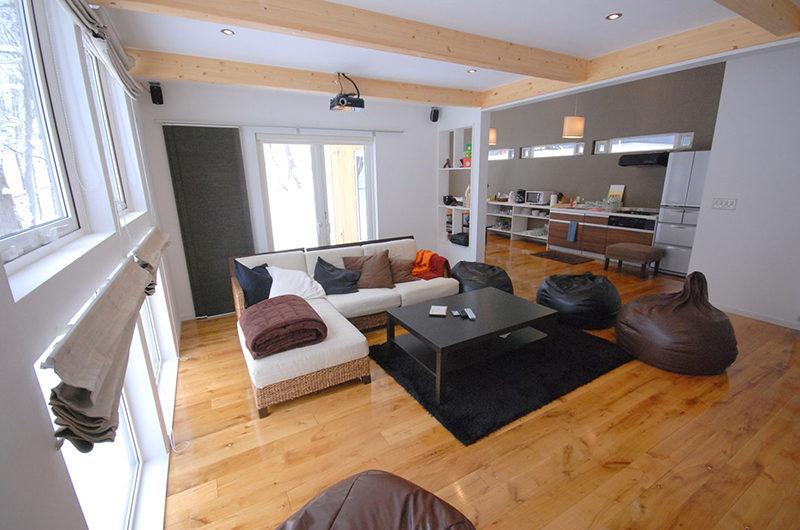 Adventure Indoor Living Room | Lower Hirafu Village