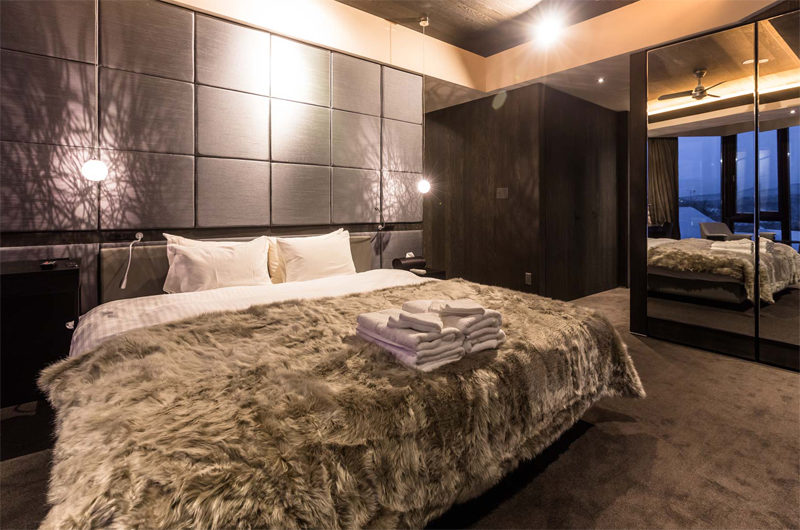 Haven Niseko Penthouse Bedroom | Middle Hirafu