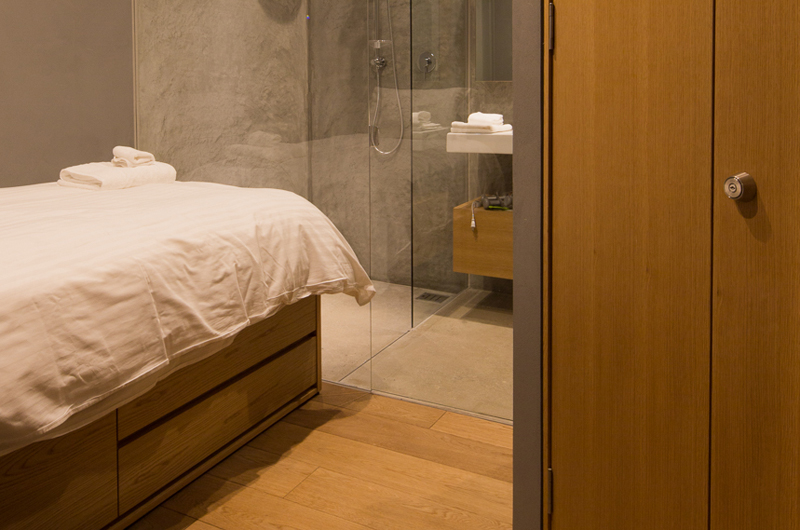 Kitadori Bedroom and Bathroom   The Escarpment