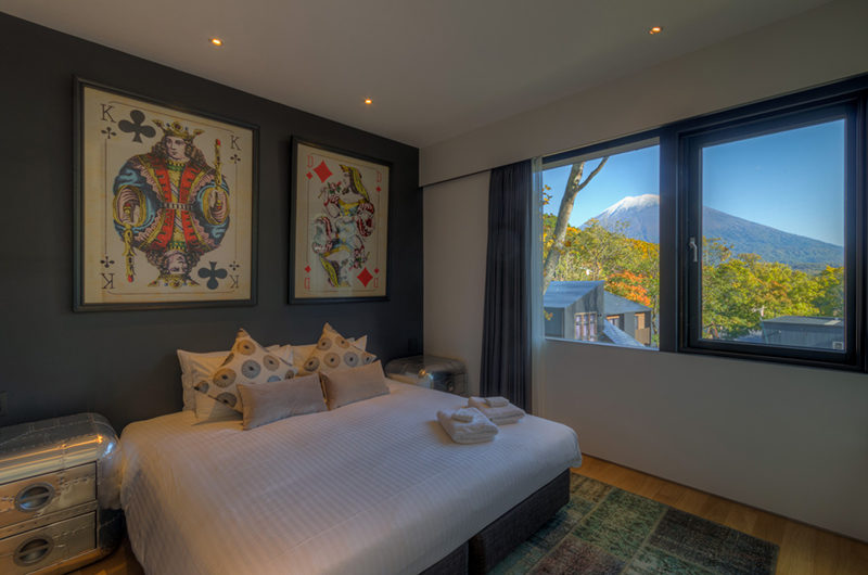 Millesime Bedroom with Mountain View | Lower Hirafu