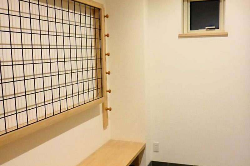 The Owl House Seating Area | Lower Hirafu