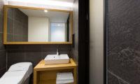 Always Niseko Bathroom | Outer Hirafu