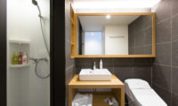 Always Niseko Hirafu Yuuki and Yotei Fuu Bathroom | Outer Hirafu