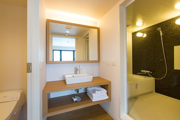 Always Niseko Yotei Sanchou Suite Bathroom | Outer Hirafu