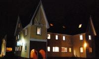 Cisco Moon Lodge Outdoor Area at Night | Lower Hirafu