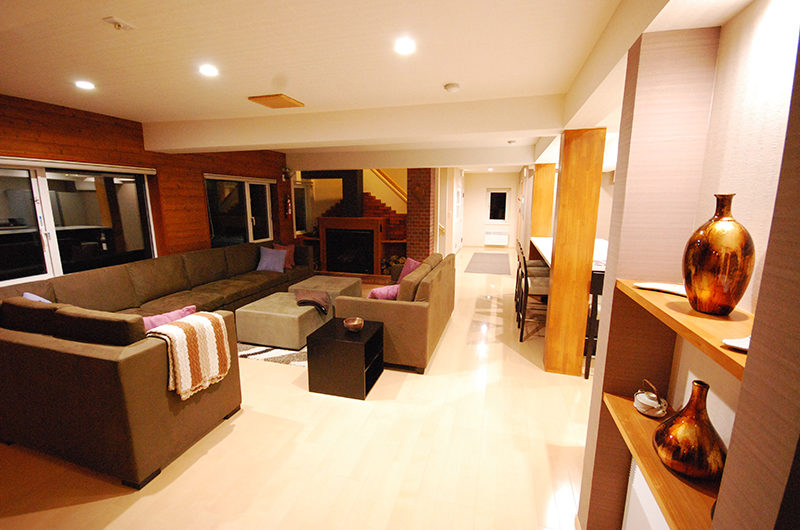 Cisco Moon Lodge Spacious Living Area | Lower Hirafu