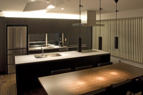 J-Sekka Suites Kitchen at Night | Middle Hirafu