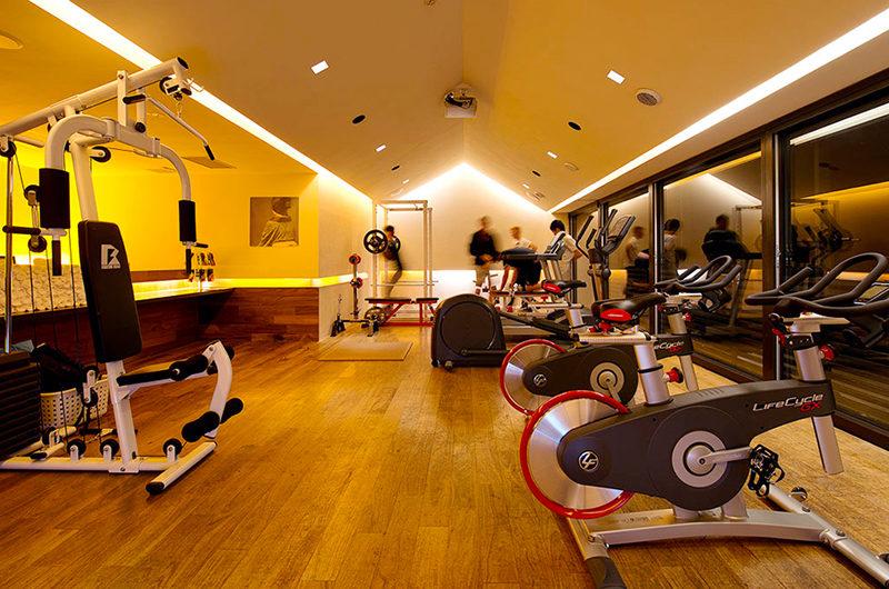 J-Sekka Suites Gym | Middle Hirafu