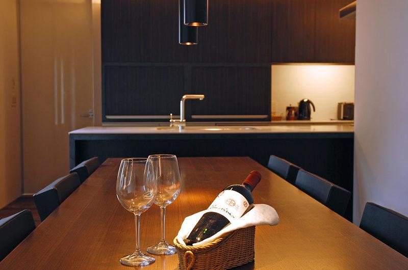 J-Sekka Suites Indoor Dining Area | Middle Hirafu