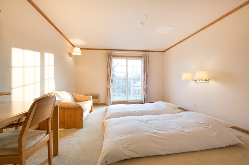 Heritage Twin Bedroom with Seating Area | East Hirafu