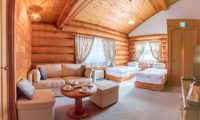 Villa Rusutsu Bunk Room with Sofa | Rusutsu