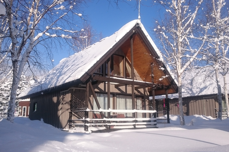 Bliss Cottage Sakura Exterior with Snow | East Hirafu
