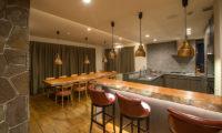 Hakuchozan Kitchen and Dining Area | Lower Hirafu