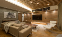 Hakuchozan Lounge Area with TV | Lower Hirafu