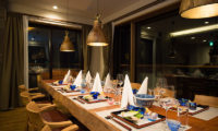 Hakuchozan Dining Table with Crockery | Lower Hirafu
