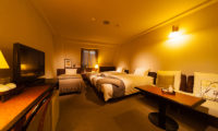 Hakuba Springs Hotel Deluxe Twin Plus Room with TV | Happo Village