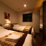 Phoenix Chalets Twin Bedroom   Lower Wadano