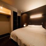 Phoenix Chalets Bedroom at Night   Lower Wadano