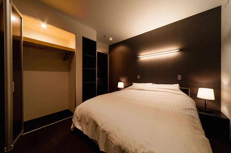 Phoenix Chalets Bedroom at Night | Lower Wadano