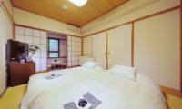 Phoenix Hotel Standard Room | Lower Wadano