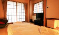 Phoenix Hotel Japanese Style Bedroom | Lower Wadano