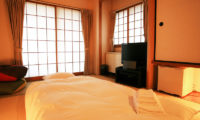 Phoenix Hotel Compact Room | Lower Wadano