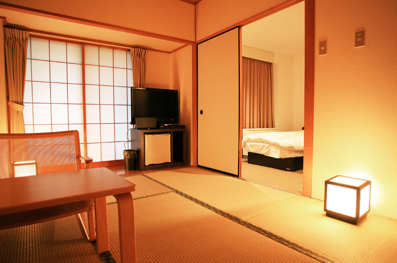 Phoenix Hotel Western Japanese Combo | Lower Wadano