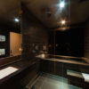 Phoenix One En-Suite Bathroom with Bathtub | Lower Wadano
