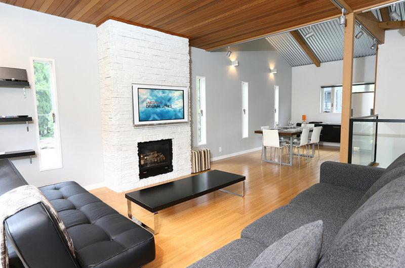 Powdersuites Living Area with Fireplace | Goryu / Hakuba 47