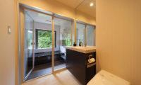 Solar Chalets En-Suite Bathroom with Bathtub | Upper Wadano