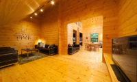 Wadano Woods Chalets Family Area with TV | Lower Wadano