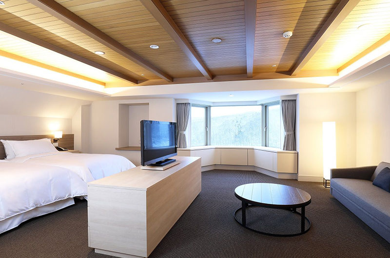 The Kiroro, A Tribute Portfolio Hotel Twin Bedroom with TV and Sofa | Kiroro