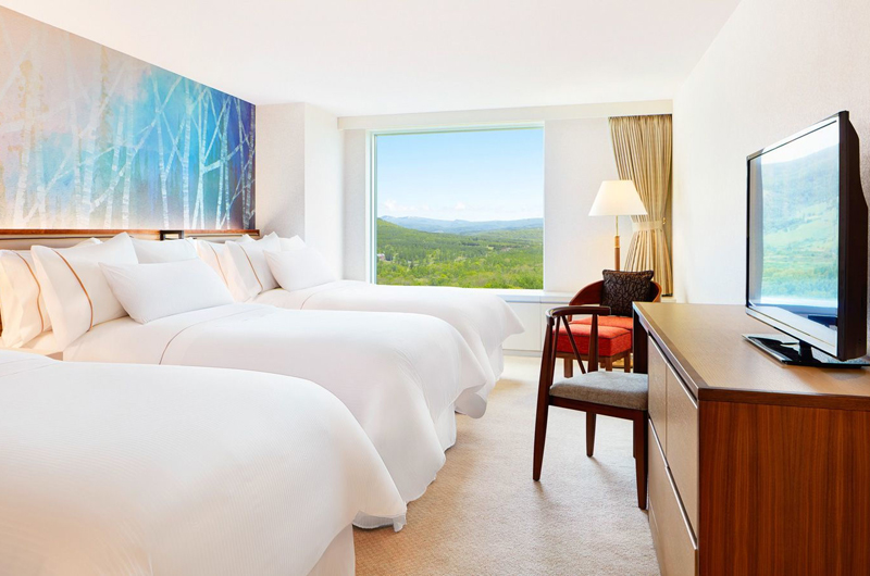 Westin Rusutsu Resort Bedroom with Triple Beds | Rusutsu
