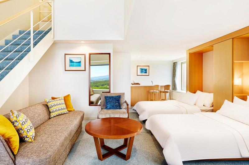 Westin Rusutsu Resort Twin Bedroom with Sofa | Rusutsu