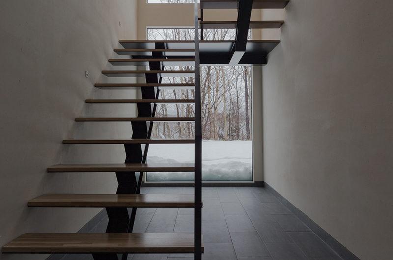 Yanagi House Up Stairs | West Hirafu