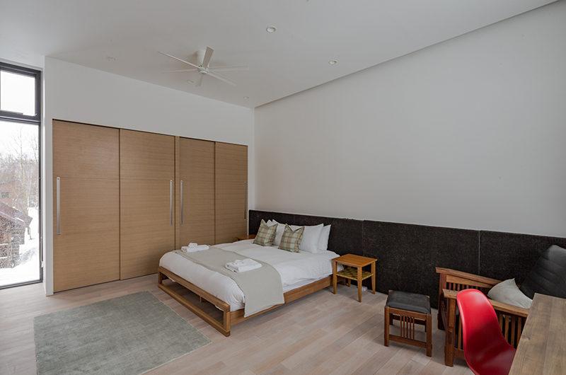 Yanagi House Spacious Bedroom | West Hirafu