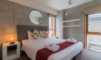 Kitanishi Three Bedroom with Table Lamps | Middle Hirafu