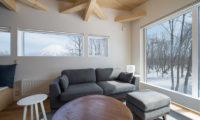 Yorokobi Lodge Lounge Area | West Hirafu