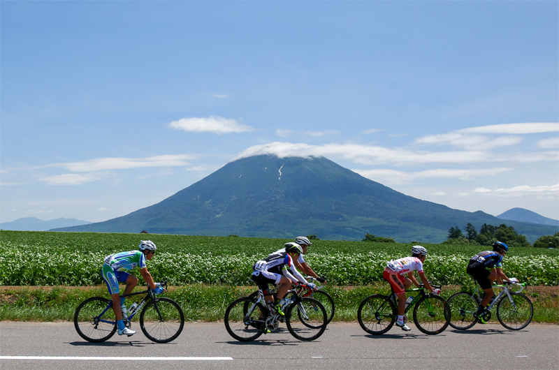 New cycling event showcases Niseko's beloved peak