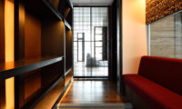 Mukashi Mukashi Walk-In Wardrobe | Middle Hirafu